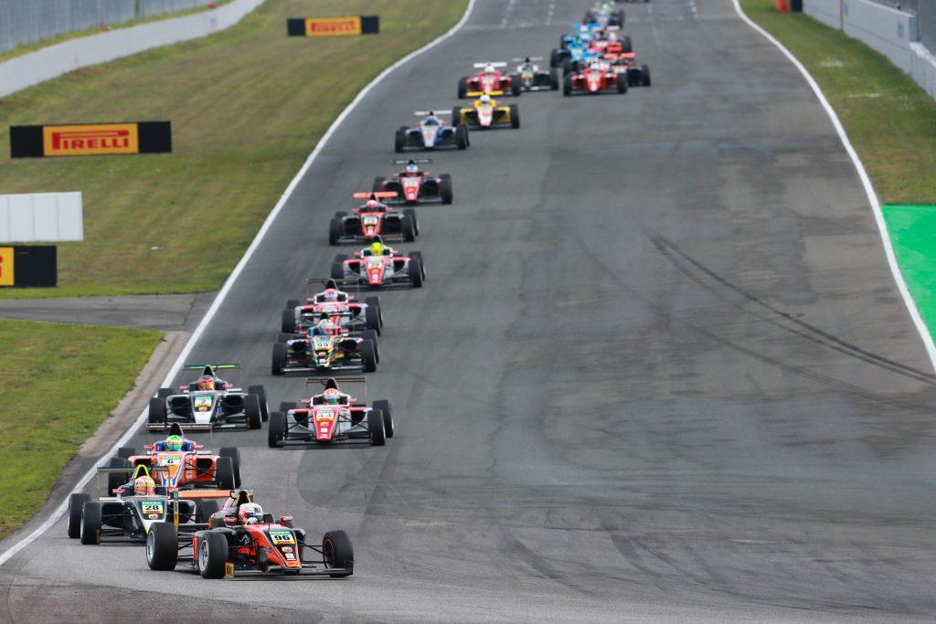 ADAC Formel 4 - 1. Event 2016 - Oschersleben, GER - Photo: Gruppe C