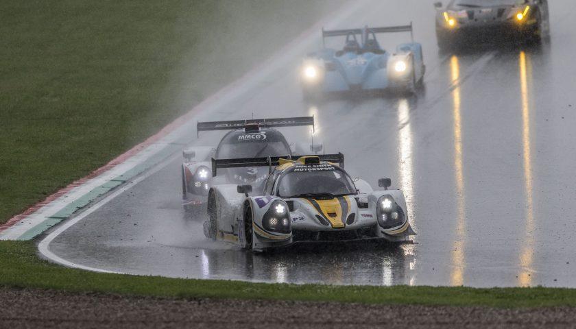 Car #15 / RLR MSPORT / GBR / Ligier JS P3 - Nissan / Morten Dons (DNK) / Ossy Yusuf (GBR) - Photo: AdrenalMedia.com