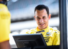 6 Indycar races for Castroneves